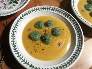 La cocina de Selvabella: Gnudi de espinacas y requesón sobre crema de calabaza de invierno