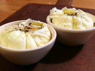 La cucina di Selvabella: uovo in camicia con parmigiano, aromatizzato con sale alle erbe