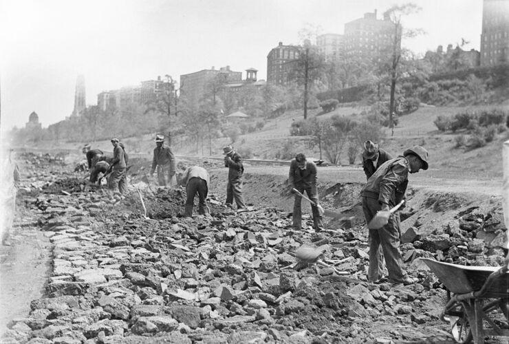 Riverside Park under construction