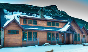 mtn meadow 21 front ext (1 of 1).jpg