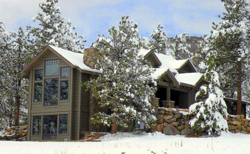 Custom home builder in Estes Park. Kinley Built, a general contractor, specializes in building custom homes that are elegant and sophisticated. kinleybuilt.com