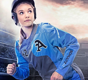 SHAYLA XGS8 PULLOVER SOFTBALL HDR 3.jpg