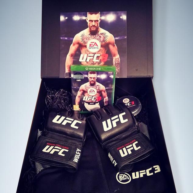 UFC3_kit_01.jpg