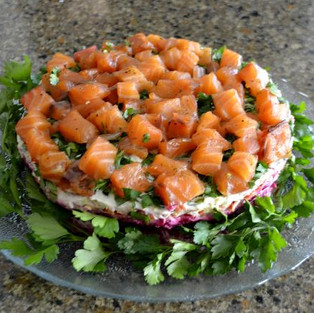 Salad 'Salmon on the blanket.'