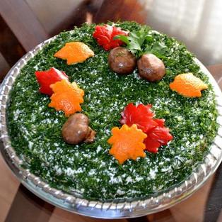 Овощной торт с сырным кремом.