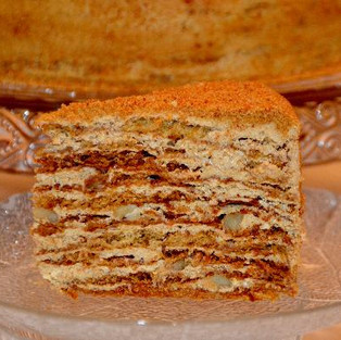 Cake 'Madonna' (with walnuts).