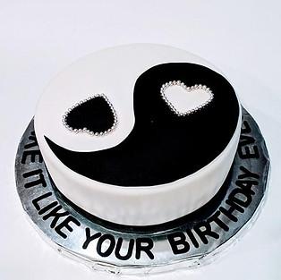 Cake 'Yin and Yang.'