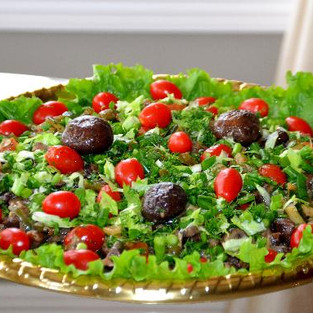Salad with creamy mushrooms.