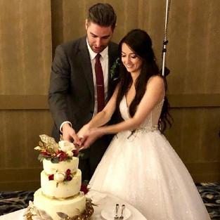 Элегантный торт для прекрасной пары.