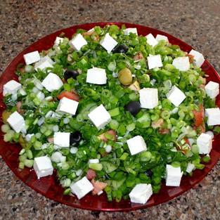 Salad 'Greek' (with mushrooms).