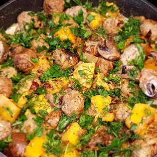 Meat with pumpkin and mushrooms.