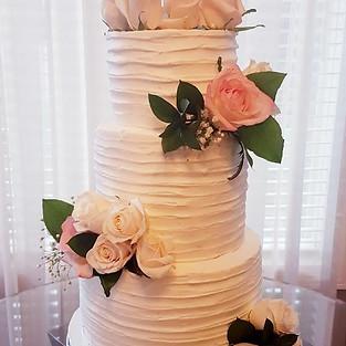 Wedding cake 'Love'.