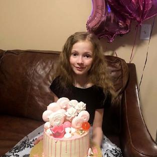 Нежный тортик для 10-летней гимнастки!