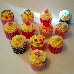 Cupcakes for girls.
