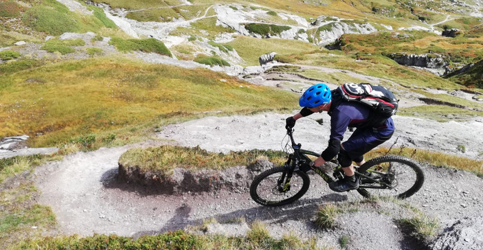 Hautes-Alpes enduro mountain bike!