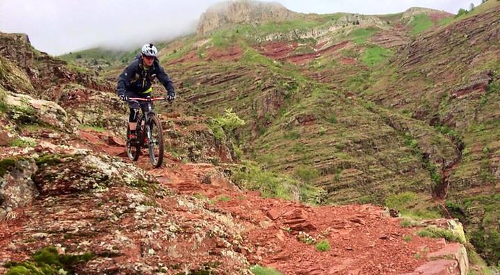 Mountain bike red lands!