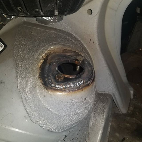 E36 weld in shock tower plate