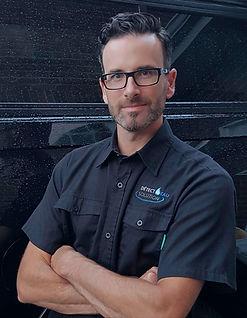 Daniel Croteau, plombier, detect eau solution, Québec, vente, installation, systèmes prévention fuites d'eau et d'égouts.