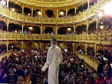 BRINCANTE - Teatro Municipal de Niterói