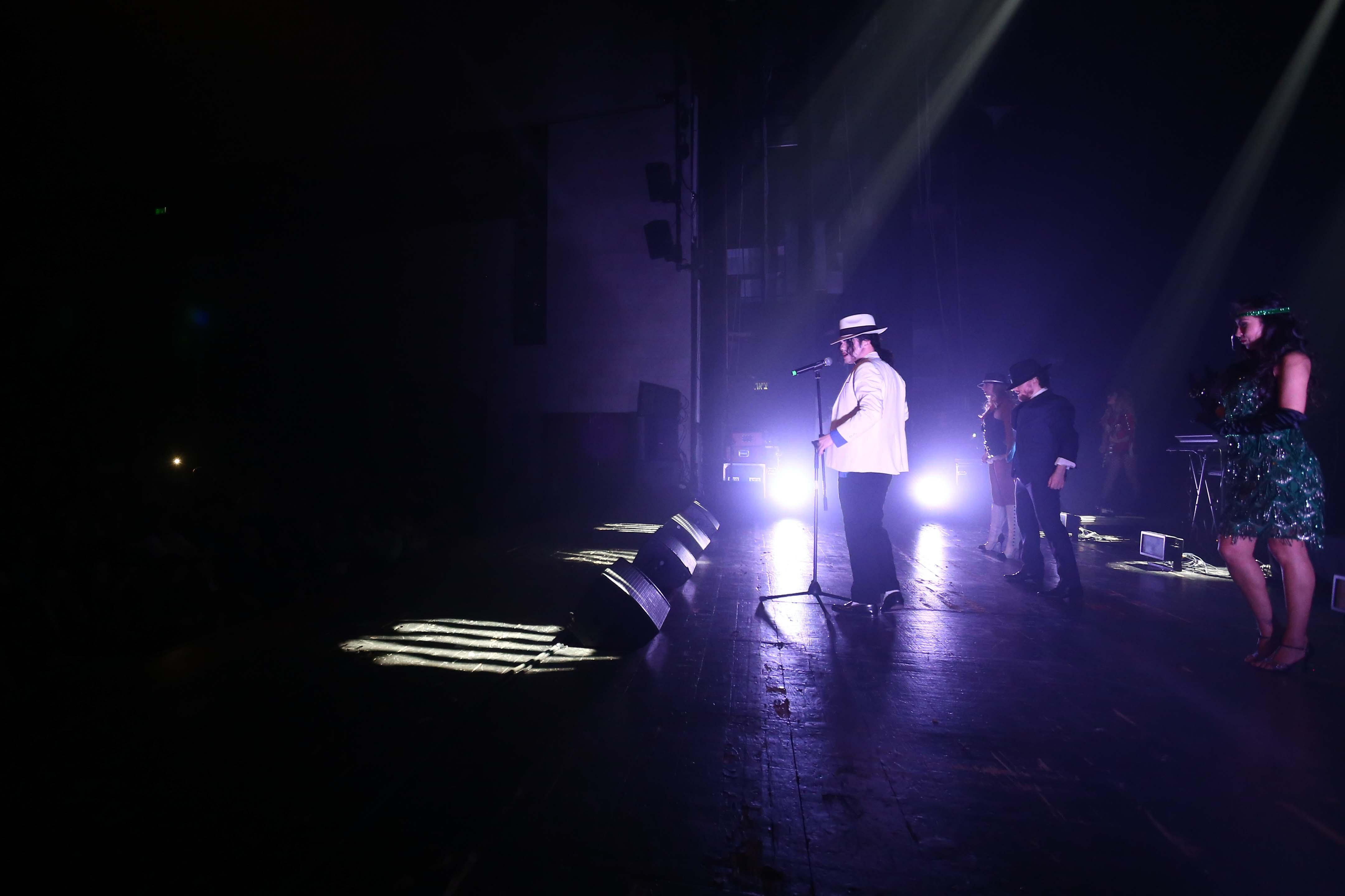 אודי מוצני שירותי צילום - אתר - הופעות-4