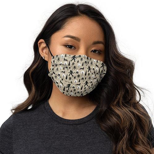 Bigfoot in Redmond, Oregon - Premium face mask