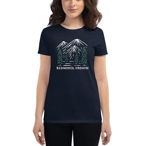 Go outside Redmond, Oregon - Women's short sleeve t-shirt