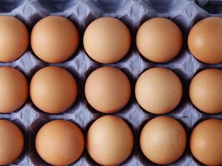 Farm Fresh Chicken Eggs 1 doz