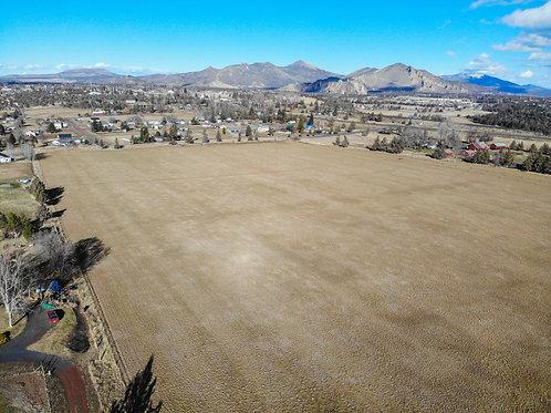 Large 28 Acre Lot for Sale in Terrebonne, Oregon