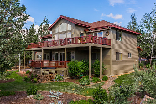 Eagle Crest Home in Redmond, Oregon for sale on Golf Course