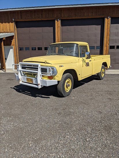 1968 International Harvester 1200 3/4 ton 4wd pickup truck