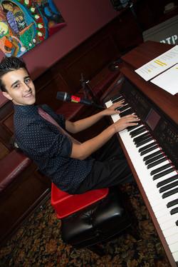 Robert-at-piano_rev