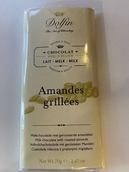 Tablette chocolat lait amandes grillées