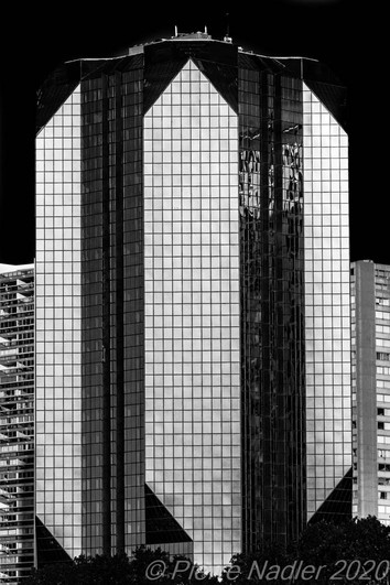 Paris - Elevation Dark Sky 07.jpg