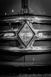 4CV Renault by Hino