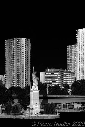 Paris - Elevation Dark Sky 08.jpg