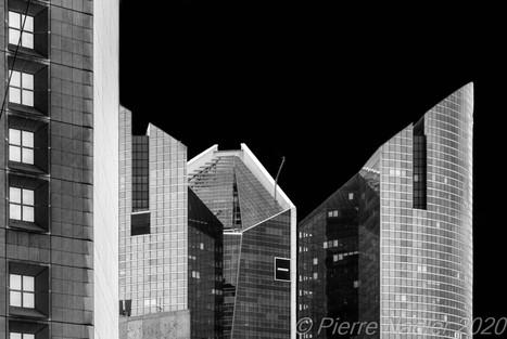 La_Défense_-_Elevation_Dark_Sky_01.jpg