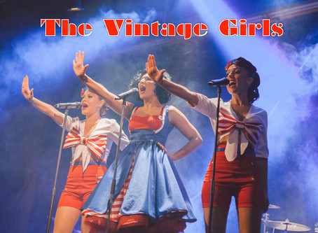 Virginia Alexandre & The Vintage Girls live at ALBERTS