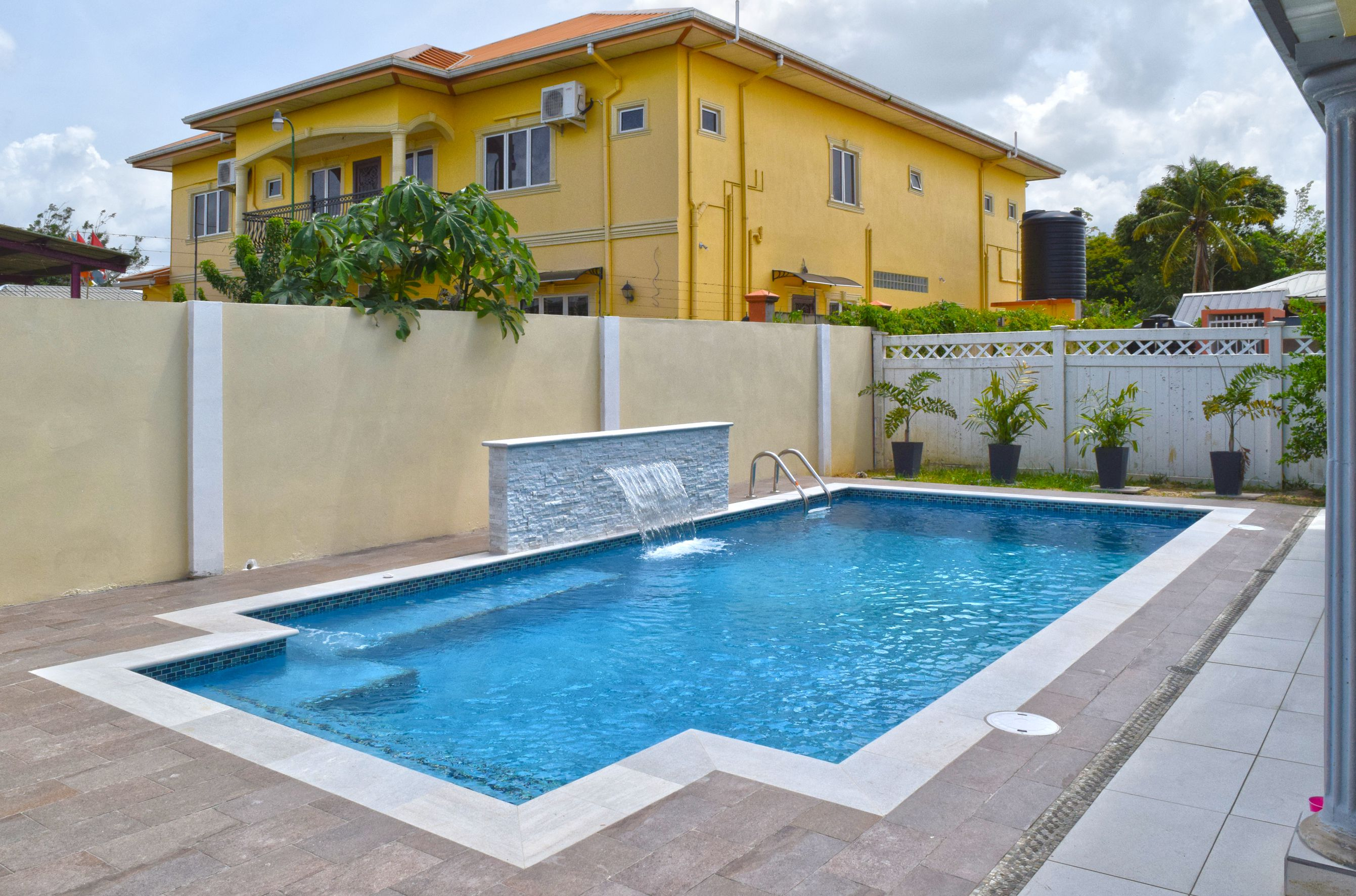 Swimming pool finishes Trinidad