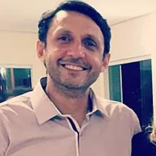 Maurício Calhau
