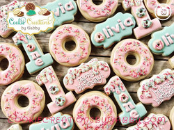 🍩 Party!!! Love this set so much! 😍😍�