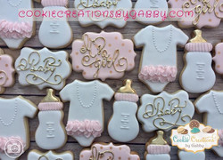 Baby shower cookies! It is a girl! 😍😍�