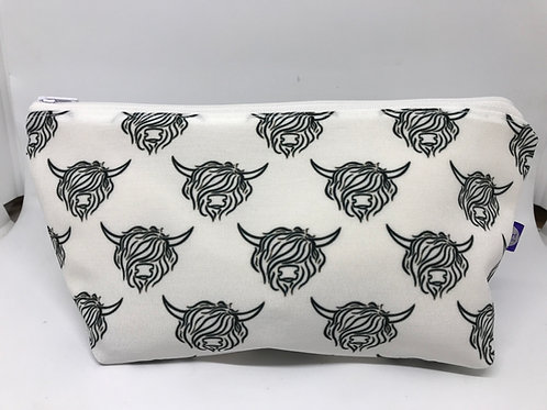 Highland Cow Makeup Bag