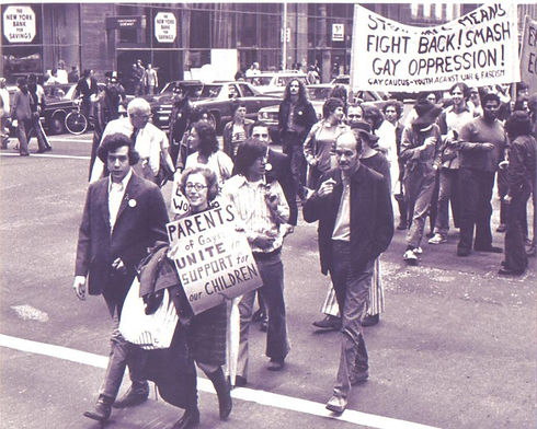 Jeanne Manford and her son Morty marching in 1972
