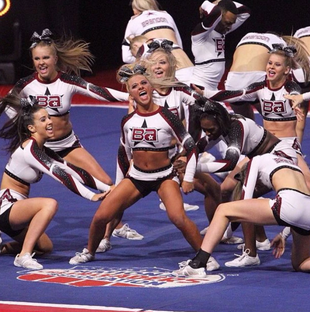 CHEERLEADERS: STEAL THE SHOW