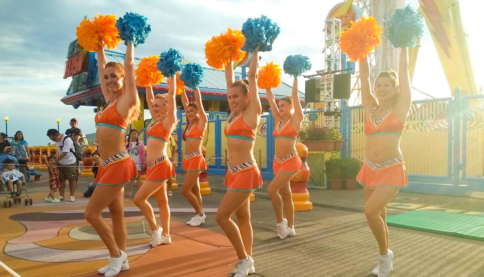ZR London Cheerleaders - Ocean Park.jpg