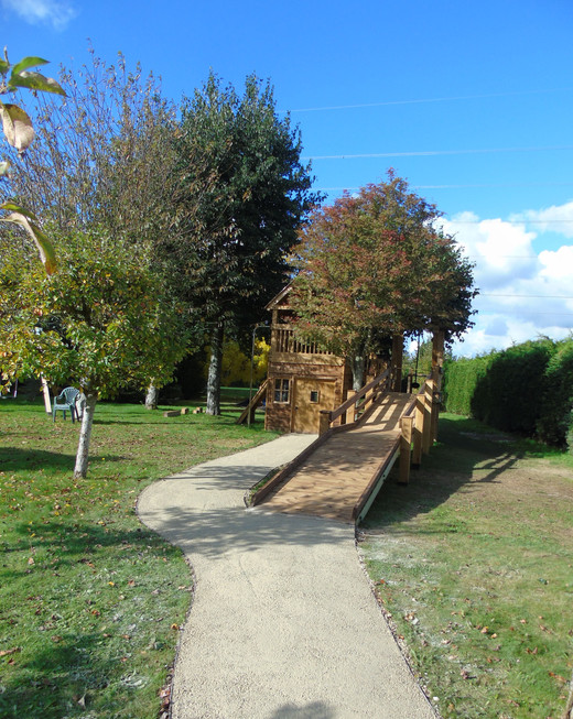 Self Binding Gravel Path & Treehouse