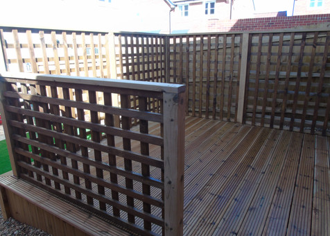 Decking With Trellising