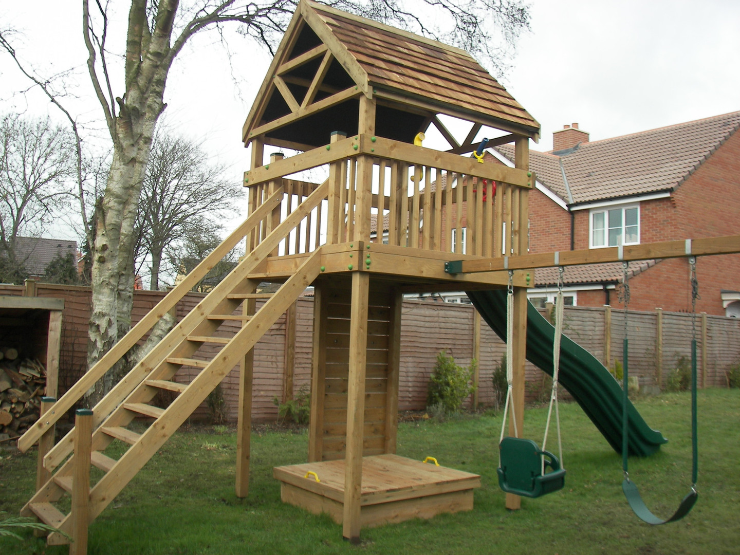 Residential Play Tower - Somerset