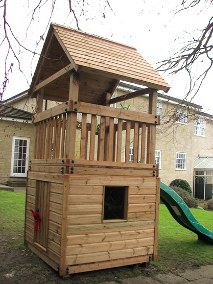 Play Tower With Den Underneath