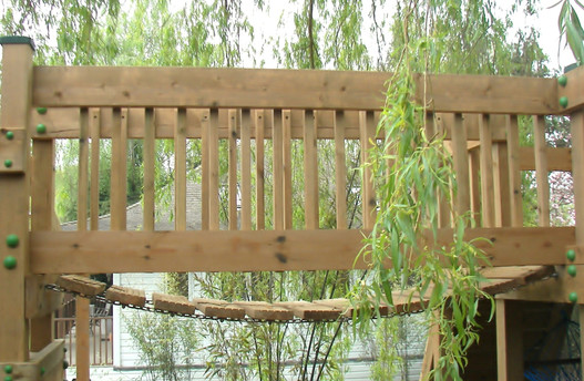 Play Tower - Surrey - Clatter Bridge